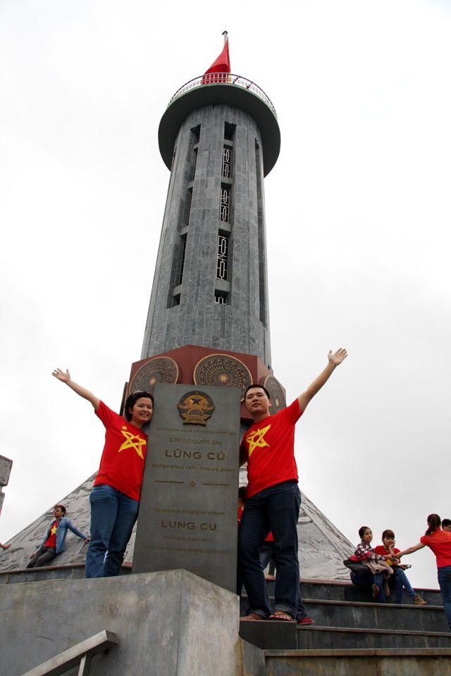 tour thăm cột cờ lũng cú