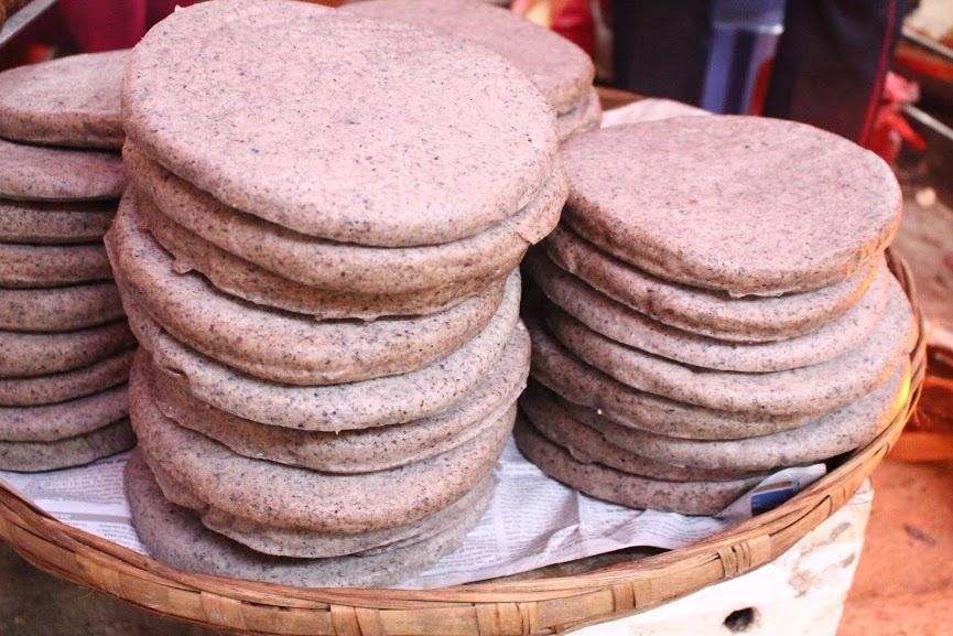 Món Bánh Tam Giác Mạch