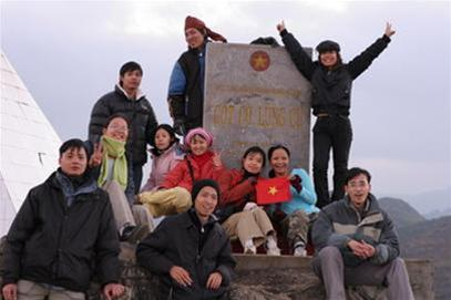 Thăm Cột Cờ Lũng Cú