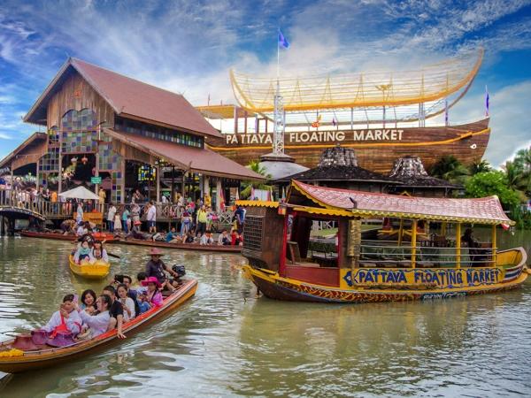Chợ Nổi Chaopraia