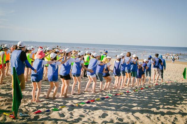 chương trình team buiding bãi biển