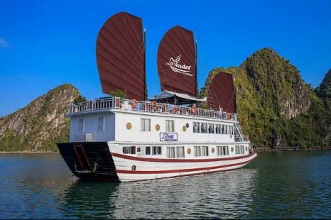 một loại thuyền tại Hạ Long
