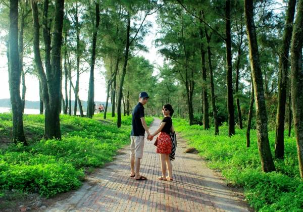 """<span style=""""color: #ff0000;"""">  <strong>Thiên Đường cây xanh tại Đảo Cô Tô - ảnh pyst travel</strong></span>"""