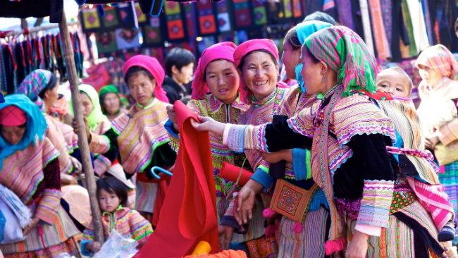 Tour Hà Giang sapa - Dân Tộc Dao Đỏ