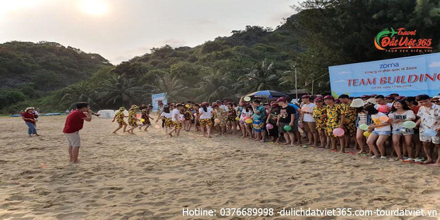 teambuiding bãi biển