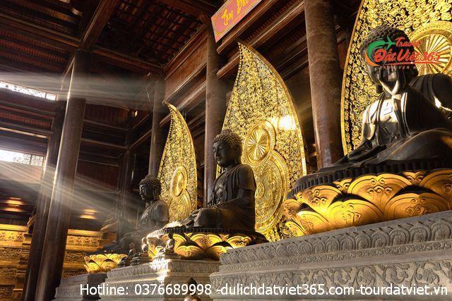 tượng tam thế chùa tam chúc
