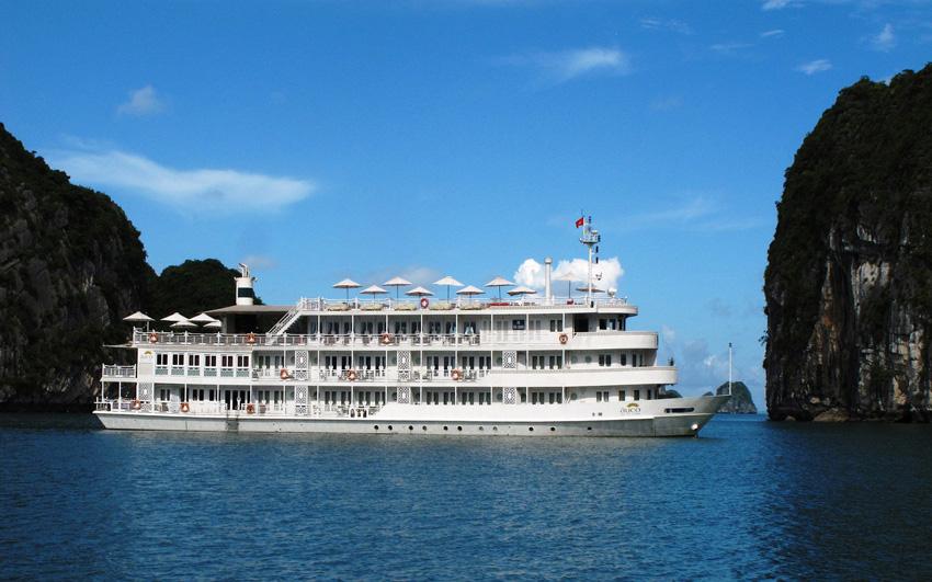 tour du lịch du thuyền 5 sao