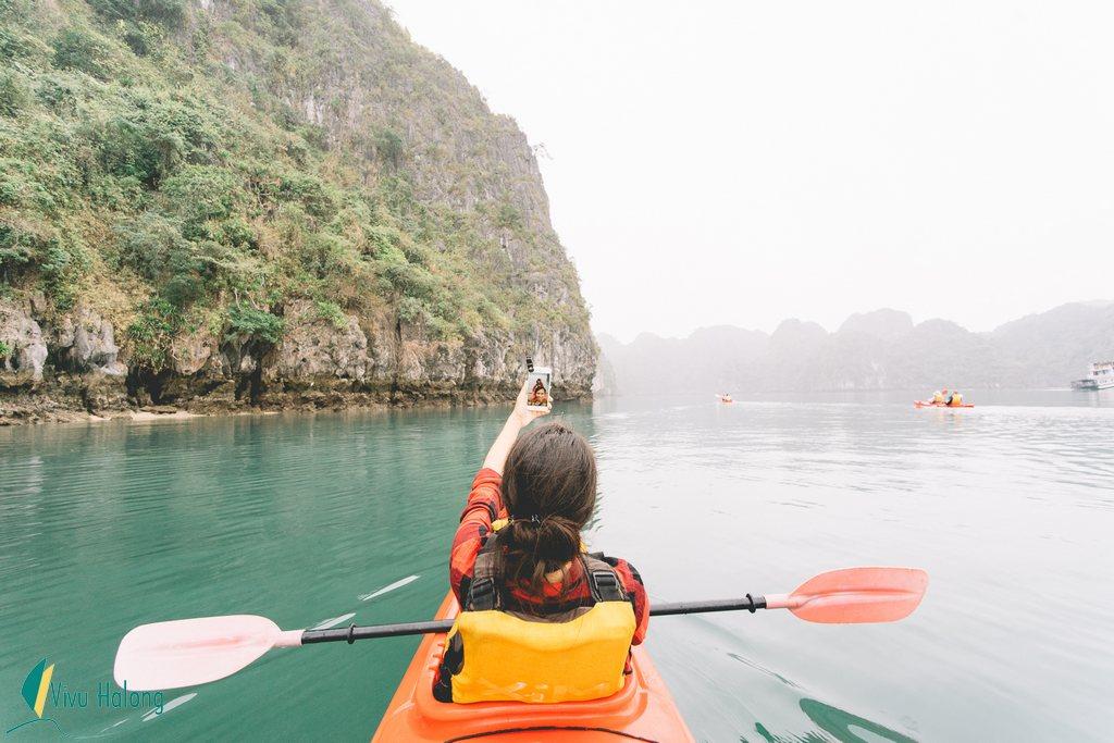 tour du lịch du thuyền hạ long 2 ngày 1 đêm